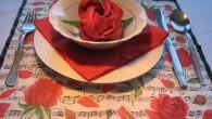 """Украса за сватба от салфетки тип Червена роза. Украса тип """"Рози и Ноти"""" (малка купичка) За розата в индийските митове се съобщава, че най-красивата жена на света Лакшми се е..."""