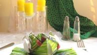 Украса за маса от оригами тип Цветолиния Украсата Цветолиния представлява един абстрактен модел, който е съчетан от цветето лилия с уникална кръстосана поставка. Украсата е подходяща за използване за сватби,...