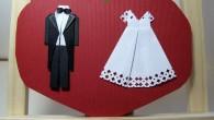 Сватбена покана оригами младоженци в сърце
