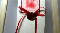 Сватбена покана с восъчен печат сърце